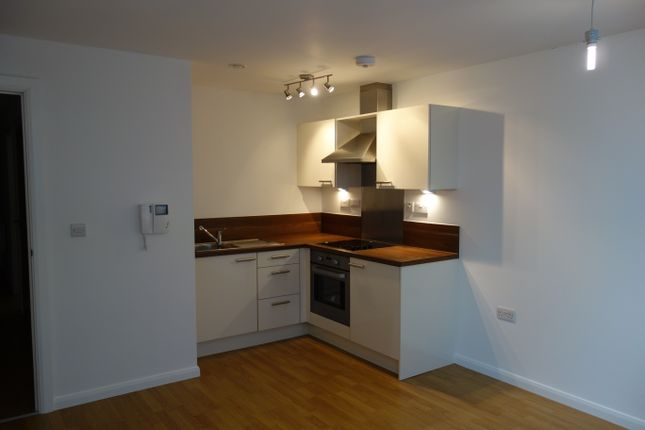 Thumbnail Flat to rent in 11 Mann Island, Liverpool