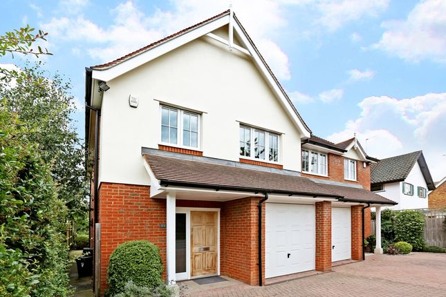 Thumbnail Semi-detached house to rent in Cherry Tree Road, Beaconsfield