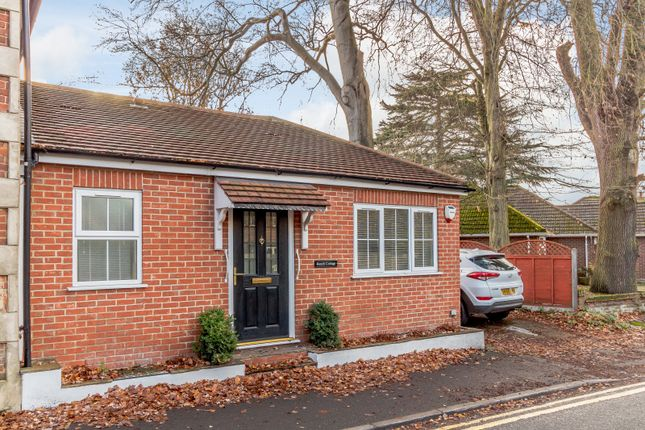 Thumbnail Semi-detached bungalow to rent in Foxhills Road, Ottershaw, Chertsey