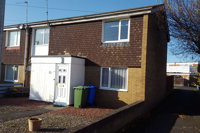 Thumbnail Flat to rent in Holystone Close, Blyth
