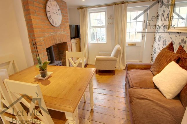 Thumbnail Terraced house to rent in Queen Street, St.Albans