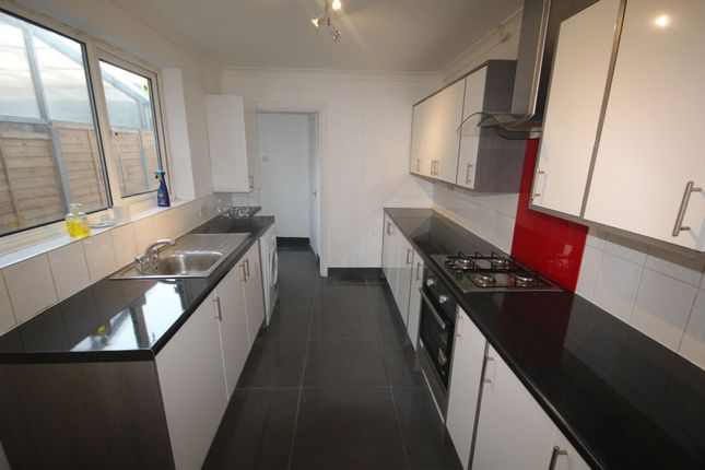 Thumbnail Terraced house to rent in Findon Road, London