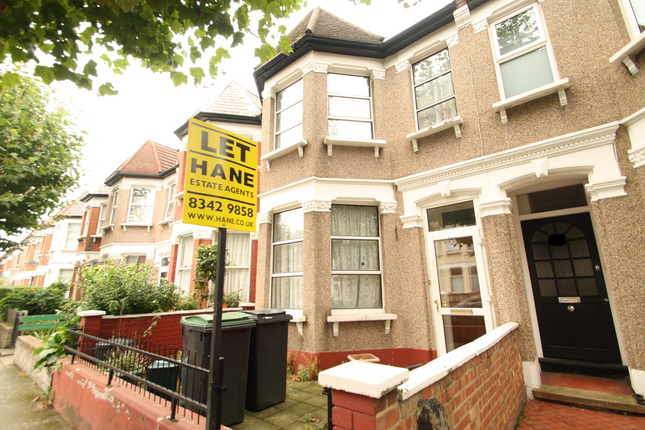 4 bed terraced house to rent in Langham Road, Turnpike Lane