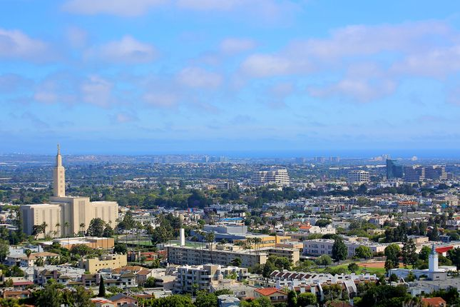 3 bed town house for sale in 10601 Wilshire Phw, Los Angeles, Ca, 90024