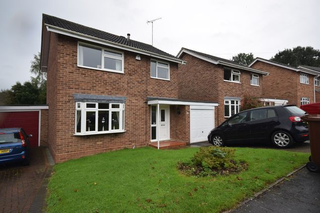 Thumbnail Detached house to rent in Highlands Drive, Burton-On-Trent