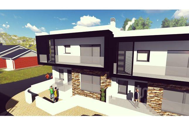 Detached house for sale in Parceiros E Azoia, Leiria, Leiria