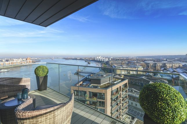 Thumbnail Duplex for sale in Waterfront I, Woolwich, London