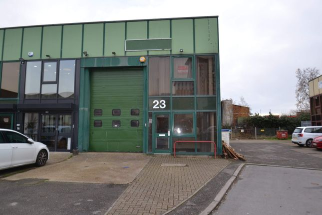 Thumbnail Warehouse to let in 23 City Commerce Centre, Southampton
