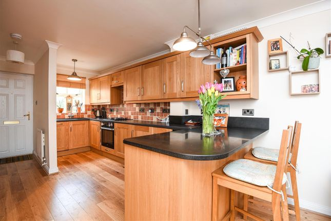 Thumbnail Mews house for sale in Riverdale Drive, London