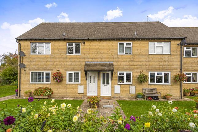 Thumbnail Flat for sale in Bourton-On-The-Water, Gloucestershire
