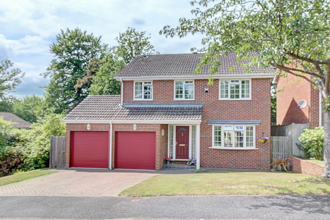 Thumbnail Detached house for sale in Portsmouth Wood Close, Lindfield, Haywards Heath