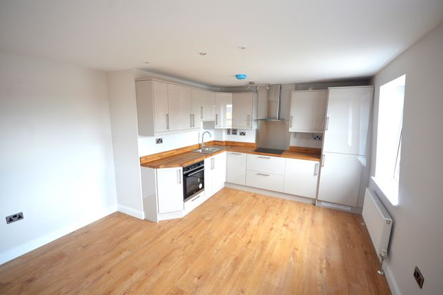 Thumbnail Flat for sale in South Street, Braintree