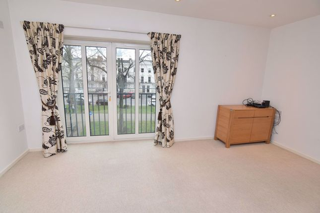 Thumbnail Flat to rent in Regent Grove, Holly Walk, Leamington Spa