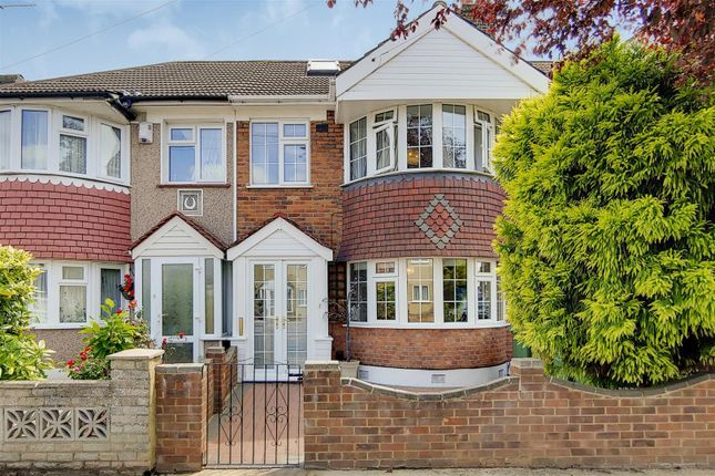 Thumbnail Property for sale in Axminster Crescent, Welling
