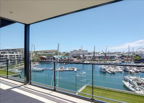 Thumbnail Apartment for sale in V & A Waterfront, Cape Town 8001, South Africa