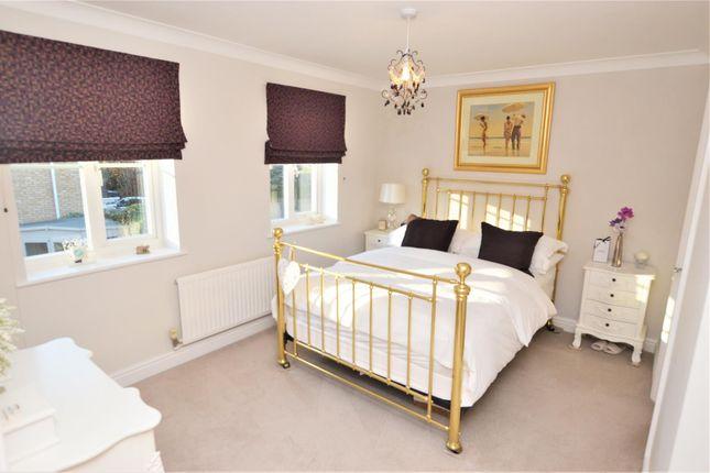 Bedroom B of Manston Way, St.Albans AL4