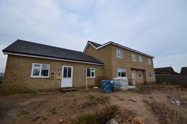 Thumbnail Detached house for sale in Mill House Lane, Winterton, Scunthorpe