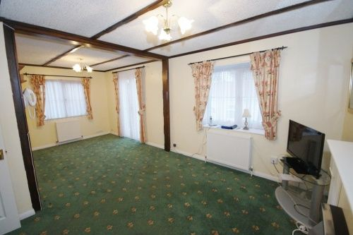 Doveshill Park Barnes Road Bournemouth Dorset BH10 2 Bedroom Mobile Home For Sale