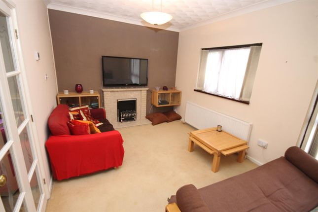 3 bed flat to rent in Paragon Place, Norwich