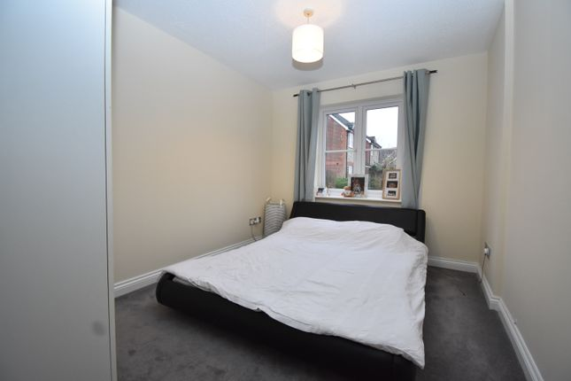 Bedroom of Two Rivers Way, Newbury RG14