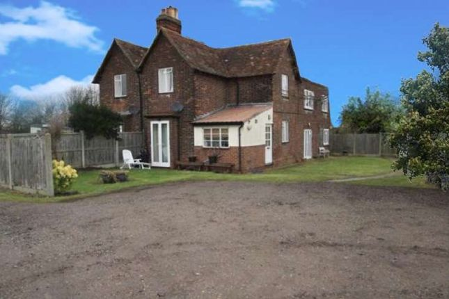 Thumbnail 1 bedroom property to rent in Bons Farm, Stapleford Road, Stapleford Tawney, Romford, Essex.