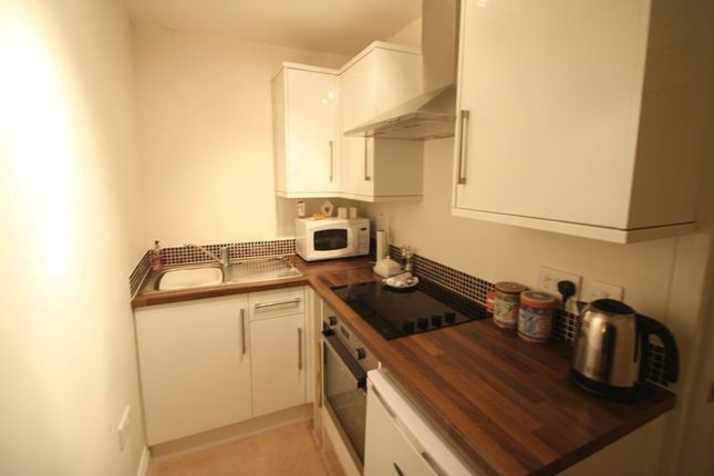 Flat to rent in High Street, Hemel Hempstead
