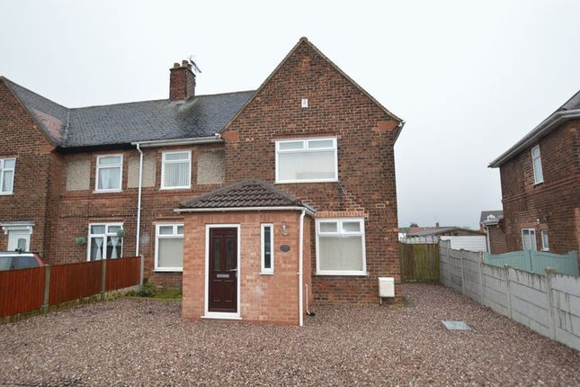 3 bed terraced house to rent in The Crescent, Blidworth, Mansfield