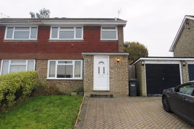 3 bed semi-detached house to rent in Hillside Close, East Grinstead RH19