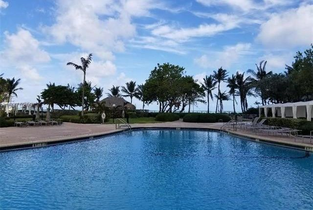 Thumbnail Apartment for sale in 3001 S Ocean Dr, Hollywood, Florida, United States Of America