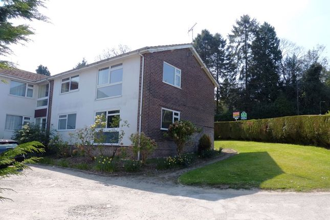 Thumbnail Flat for sale in St. Johns Road, St. Johns, Crowborough