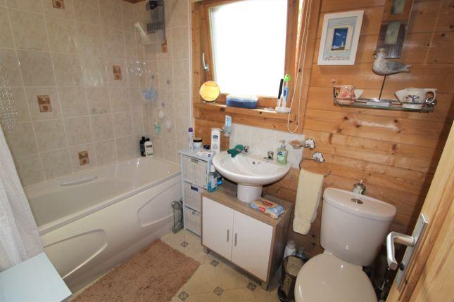 Bathroom of Chapmans Well, Launceston PL15