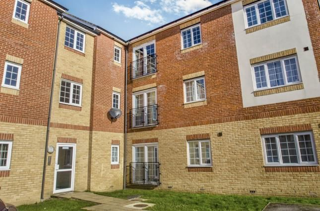 Thumbnail Flat for sale in Cannock Road, Corby, Northamptonshire, England