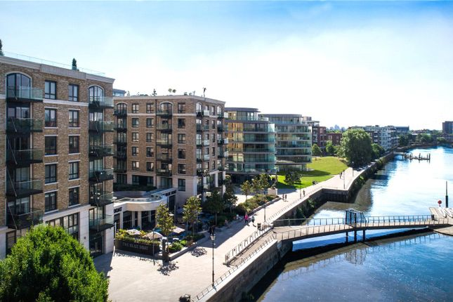 Thumbnail Flat for sale in Fulham Reach, Fulham, London