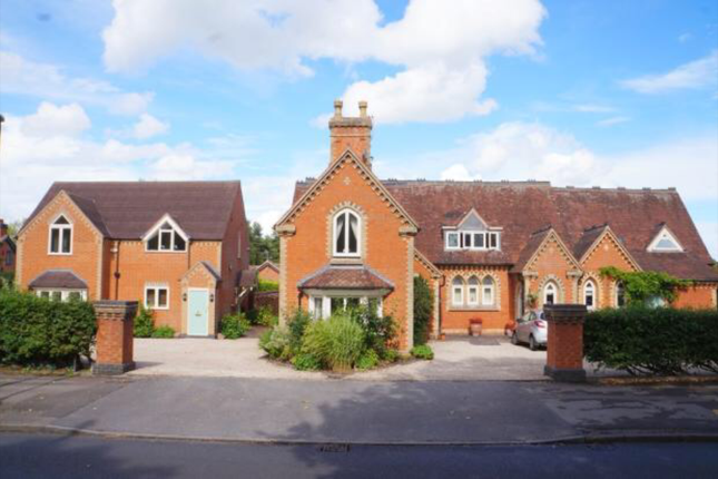Thumbnail Cottage to rent in Widney Road, Bentley Heath, Solihull