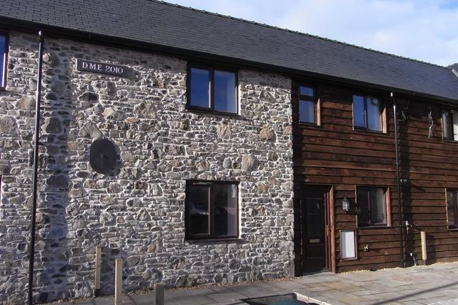 Thumbnail Terraced house to rent in 3, Spoonley Barns, Llansantffraid, Llansantffraid, Powys
