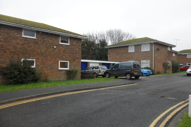 Thumbnail Flat to rent in Rushlake Crescent, Eastbourne