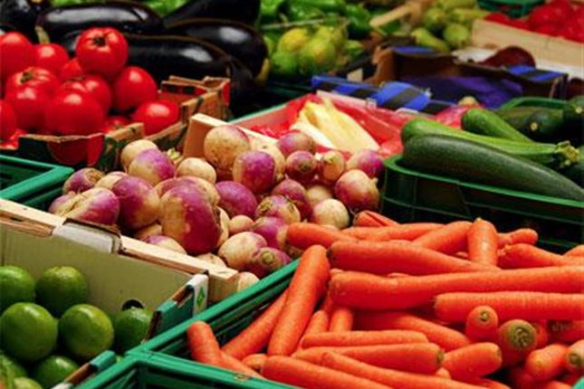 Thumbnail Retail premises for sale in Fruiterers & Greengrocery BD21, West Yorkshire
