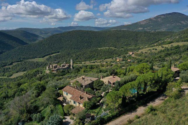 Thumbnail Farmhouse for sale in Pierantonio, Umbertide, Perugia, Umbria, Italy