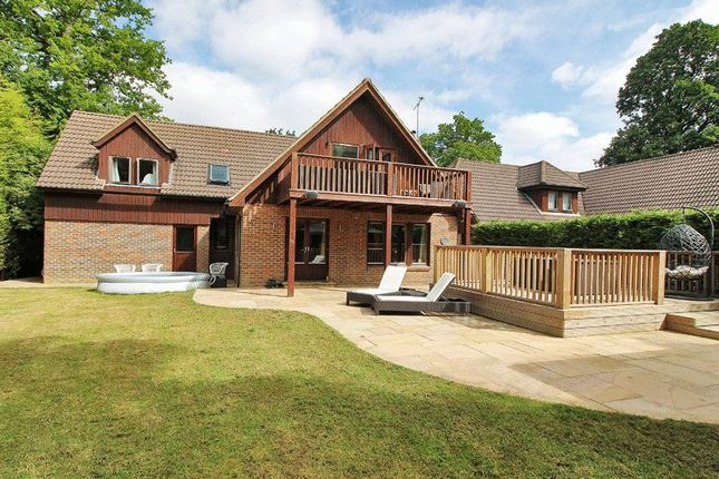 Thumbnail Detached house for sale in Standen Close, Felbridge, West Sussex