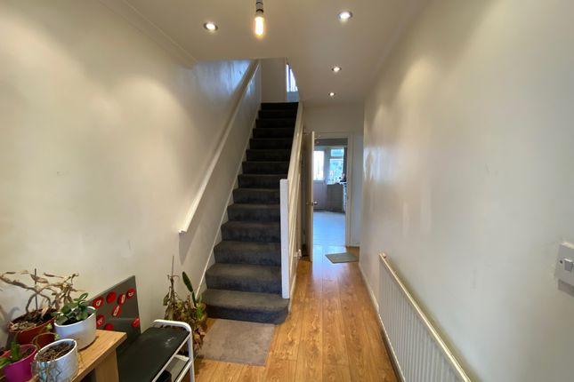 Hallway of Snowdon Crescent, Hayes UB3