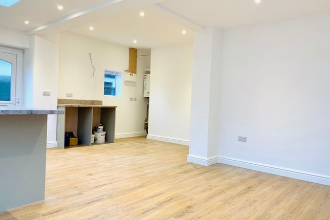 Living Room of Grantham Road, Waddington, Lincoln LN5