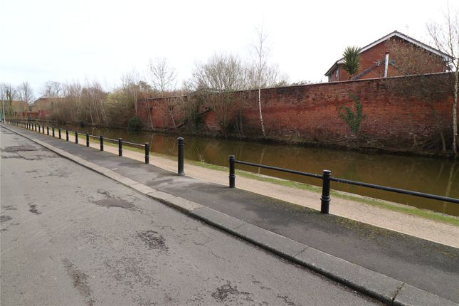Picture 6 of Worsley Road, Eccles, Manchester, Greater Manchester M30