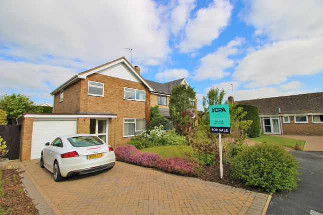 Thumbnail Detached house for sale in Oriel Grove, Moreton-In-Marsh