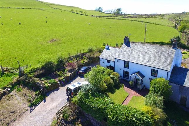 Thumbnail Farmhouse for sale in Kinniside, Cleator