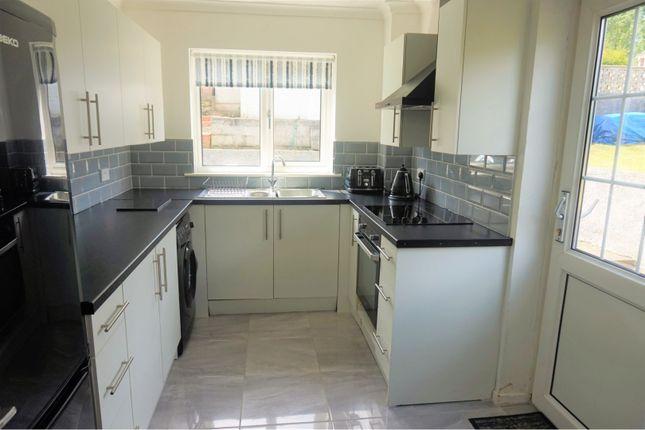 Kitchen of Lon Brynawel, Llansamlet SA7