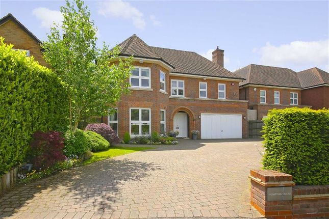 Thumbnail Property for sale in Harmsworth Way, London