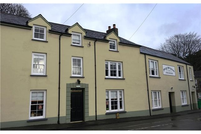 Hotel Guest House To Let In Inn At The Sticks High Street Llansteffan