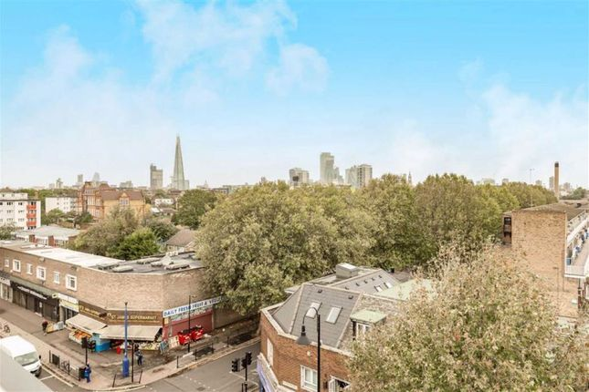 Thumbnail Flat for sale in St. James's Road, London