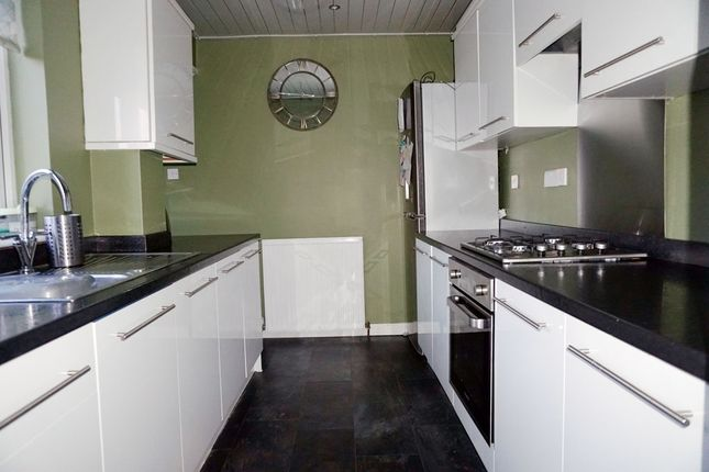 Kitchen of Kelso Drive, East Mains, East Kilbride G74