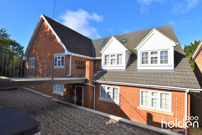 2 bed flat for sale in Beacon Hill, Maldon CM9